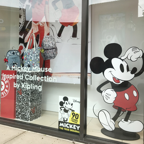 Kipling Store Front - Graphic Systems